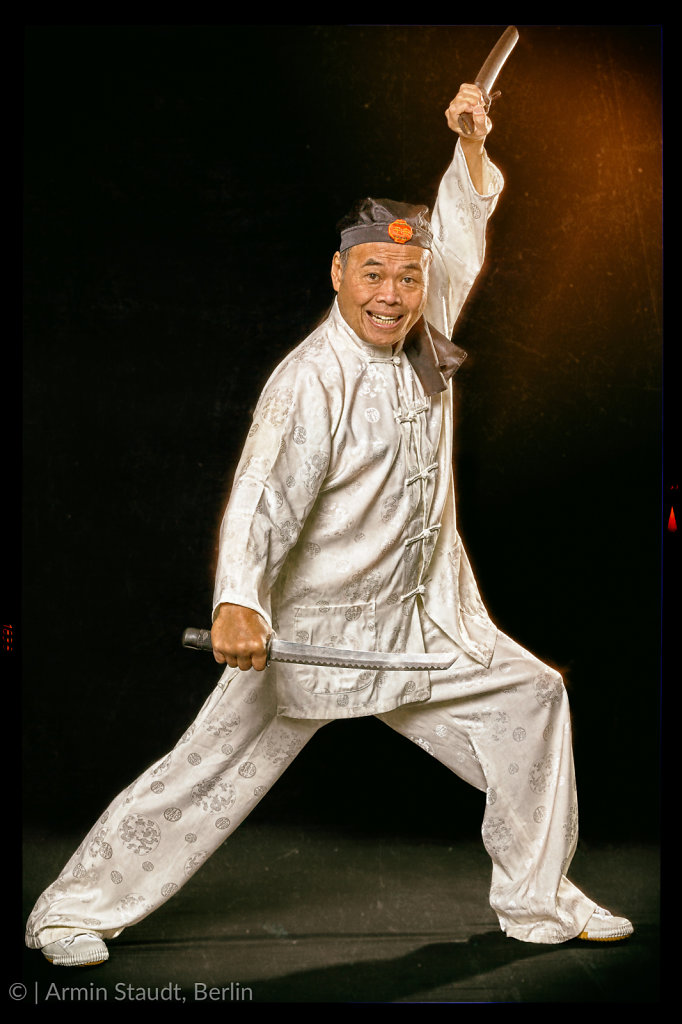 Meister Bambang Tanuwikarja